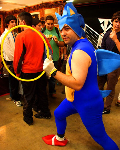 sonic-the-hedgehog-cosplay